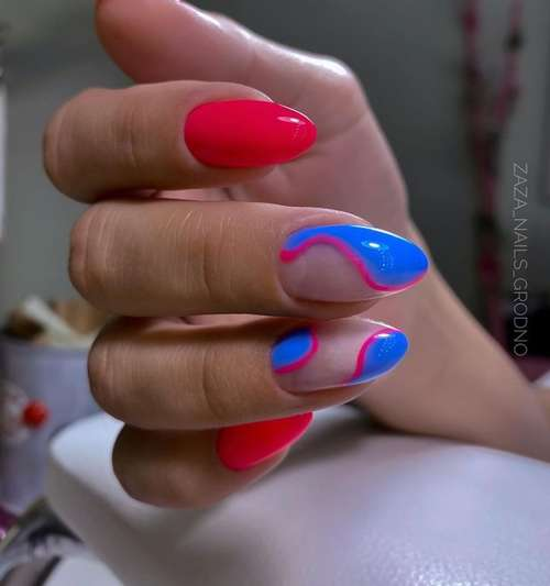 Red and blue manicure photo
