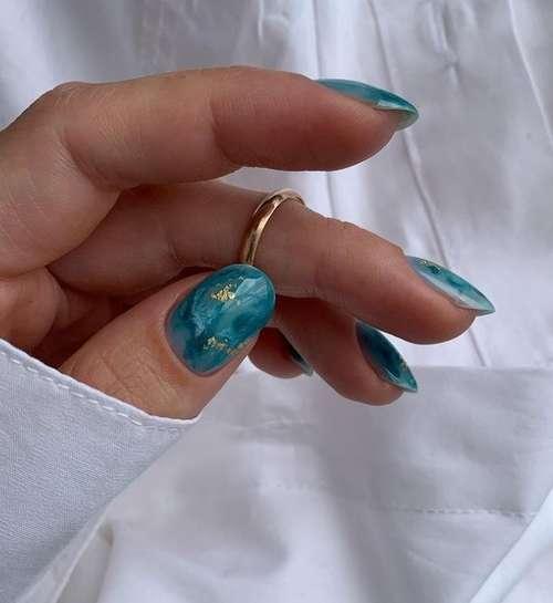 Textures nails marine color