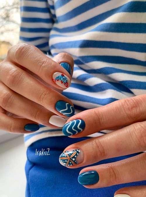 Marine manicure photo