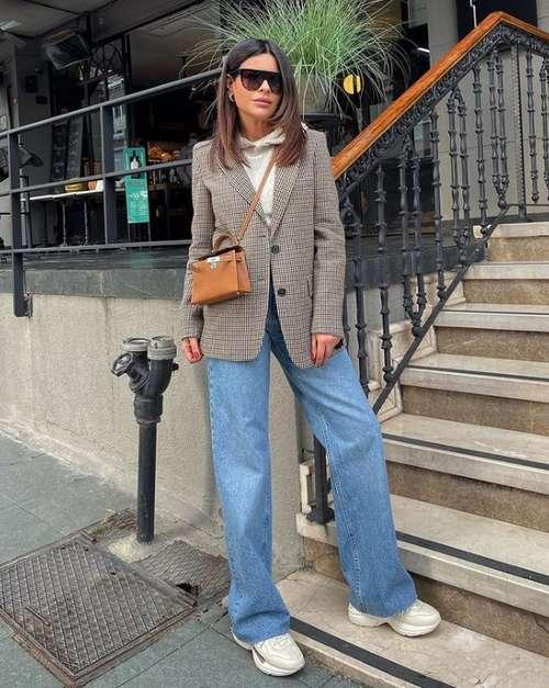 Classic fashion jeans