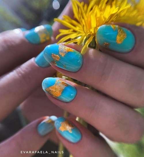 Breeze translucent manicure