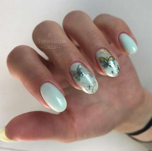 Delicate turquoise manicure