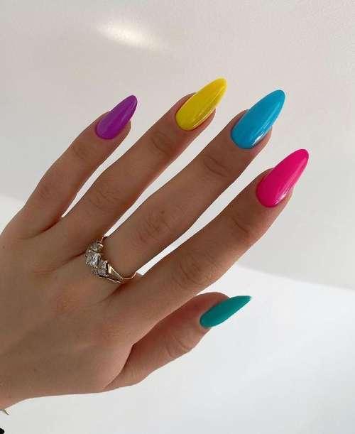 Turquoise multicolored manicure