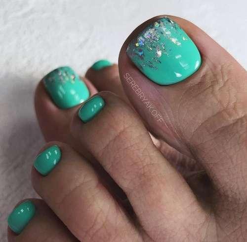 Turquoise pedicure