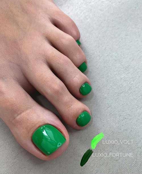 Green pedicure