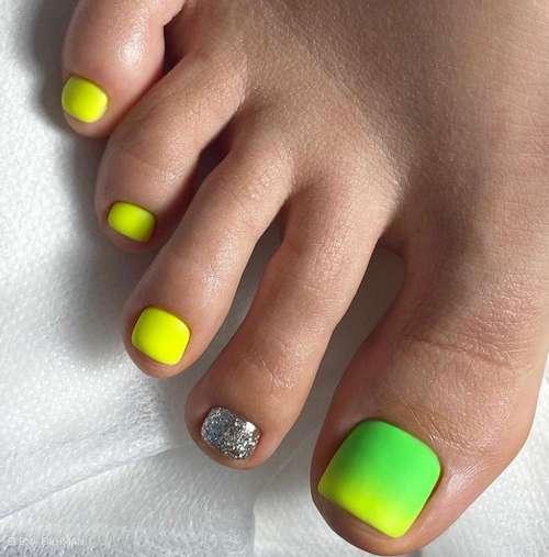 Yellow-green pedicure