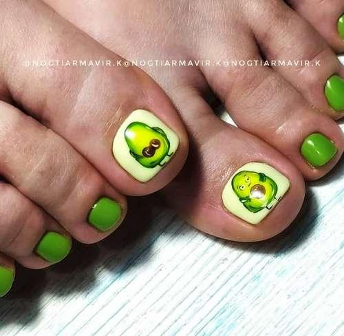 Green avacado pedicure